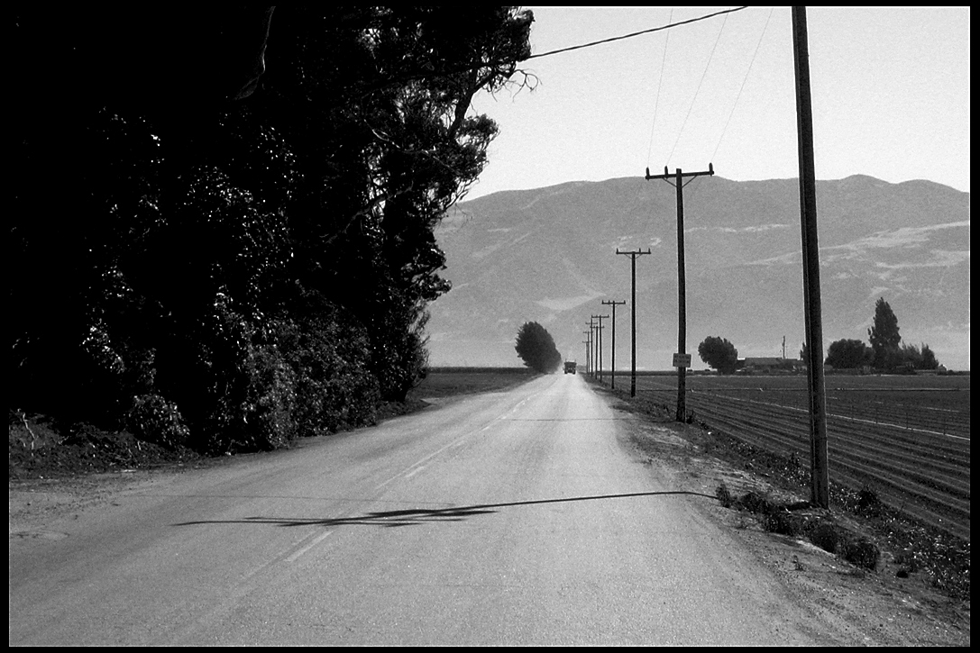dust-road-soledad-ca-july-2007